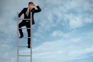 Como iniciar a vida profissional na área jurídica