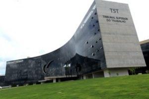 Edital do concurso de técnico e analista do TST sai em julho!