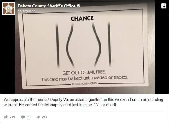 Homem tenta usar cartão de Banco Imobiliário para evitar prisão