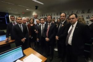 CCJ da Câmara aprova projeto que criminaliza o desrespeito às prerrogativas