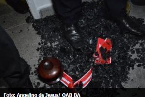 Sala da OAB/BA em Fórum Criminal é depredada por advogados durante inauguração